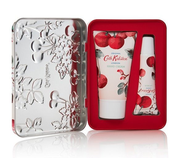 "Hand and Lip Tin ""Mini Cherry Spring"" von CATH KIDSTON"
